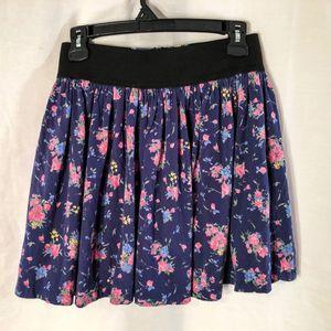 Zara Basic Large Skirt Floral Zip Back Lined 530